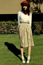 beige Goodwill skirt