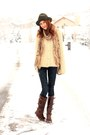 Dark-brown-lucchese-boots-blue-james-jeans-jeans-cream-vintage-sweater
