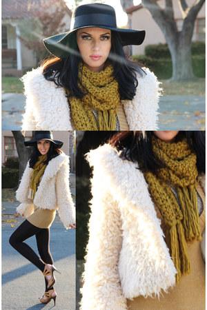 beige INC coat - dark khaki Forever21 scarf