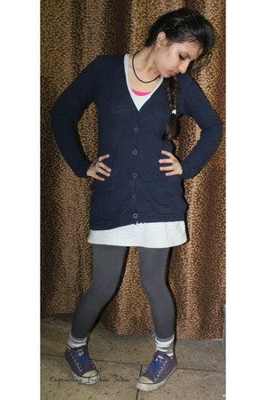 Forever 21 cardigan - Converse shoes