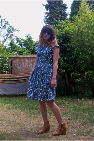 blue floral abraham will select vintage dress - nude strappy H&M wedges