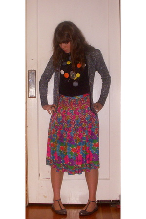 leroy knitwear - vintage skirt - giant robot t-shirt - Fairy Tales are True shoe