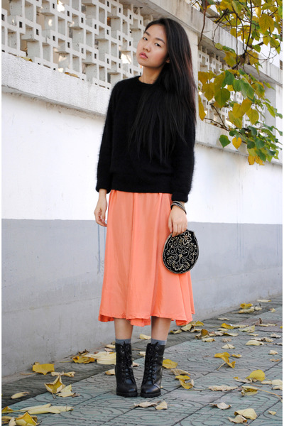 carrot orange vintage skirt - vintage bag - Zara sweater