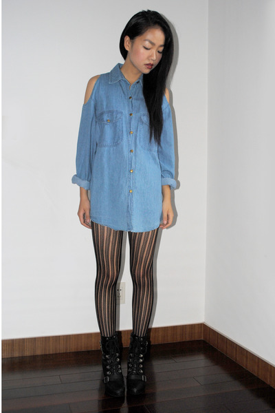lace-up boots - Urban Outfitters shirt
