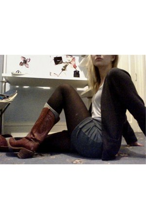 teal BDG skirt - crimson Capezio boots - dark gray Forever 21 cardigan - silver