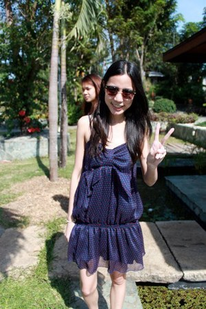 navy from bangkok dress - black from Rockwell bazaar sunglasses