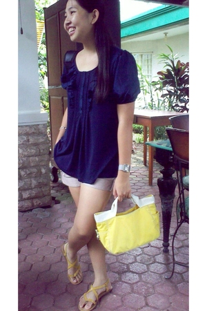 Mango blouse - Greenhills shorts - Kenneth Cole accessories - Zara shoes