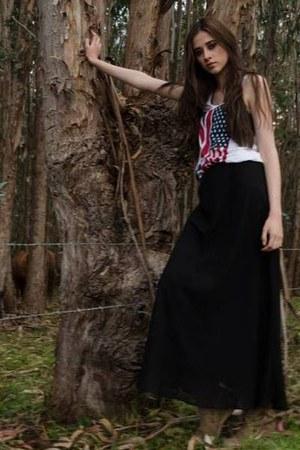 Bershka skirt - H&M shirt