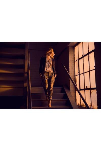 navy Urban Outfitters blazer - periwinkle Zara shirt - army green Zara pants - b