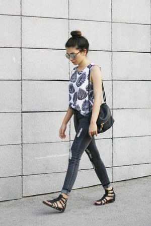 white Sheinside blouse - gray romwe jeans - black H&M bag