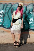 black bumbag vintage bag - white pencil H&M Trend skirt