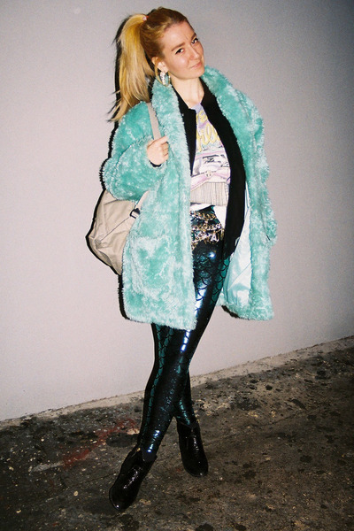 faux fur vintage coat - glitter Primark boots - mermaid Black Milk leggings