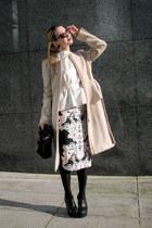 floral H&M Trend skirt - peplum H&M Trend coat - suede Mango bag