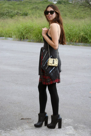 black Zara boots - crimson Forever 21 dress - gray Forever 21 sweater
