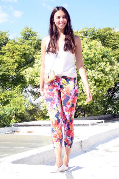 white papaya blouse - hot pink flowers Stradivarius leggings