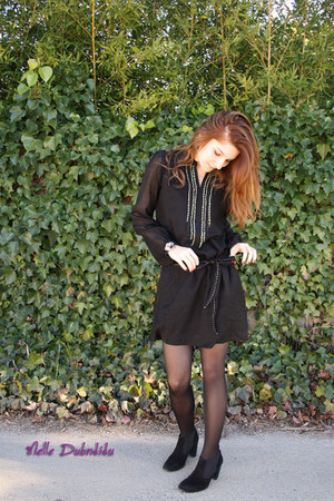 black somewhere dress - black mellow yellow boots