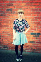 floral crop H&M top - metallic Topshop flats - denim Topshop skirt