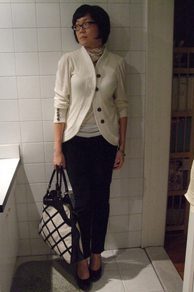augustine sweater - H&M top - Levis pants - Burberry scarf - Anna Corinna purse