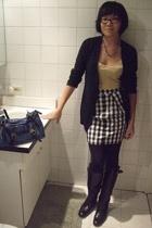 calypso intimate - Uniqlo sweater - mcginns skirt - corso como boots - Pull & Be