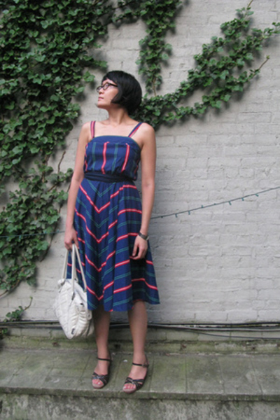 dress - scarf - melie bianco purse - natural comfort shoes
