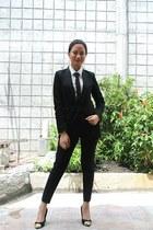 white F&F top - black F&F pants