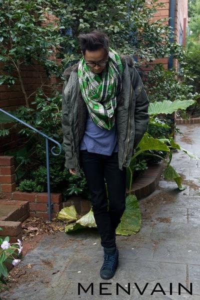 Aussie Disposal coat - Levis jeans - cotton H&M t-shirt - Acupuncture sneakers