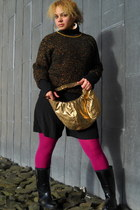 gold sweater - hot pink tights - gold bag