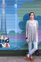 gray H&M top - blue H&M leggings - brown Zara shoes - purple Marimekko purse