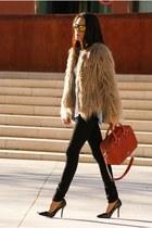 beige Zara coat - black Mango jeans - tawny Bimba&Lola bag - black Zara heels
