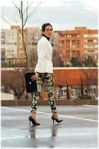 white Zara blazer - black vintage bag - Zara pants - black Zara heels
