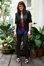 Zara jacket - Zara pants - Urban Outfitters t-shirt - Nine West shoes