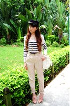 navy bow Secondhand hat - beige H&M pants - cream H&M top - pink heels