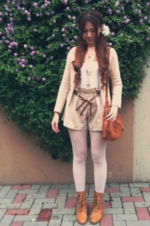 tawny vintage boots - ivory lace tights - nude high waist shorts - dark brown bo