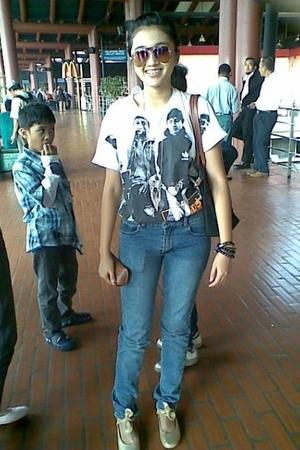 Ray Ban glasses - shirt - Cheap Monday jeans - Vincci shoes - longchamp - bracel
