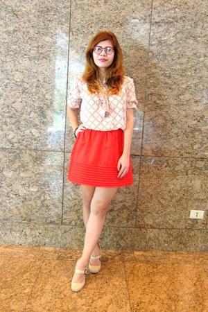 red H&M skirt - neutral Mango blouse