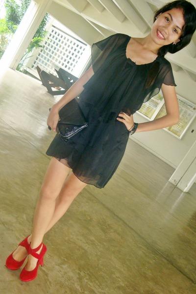 48c4d40048a6 red bought online shoes - black dress
