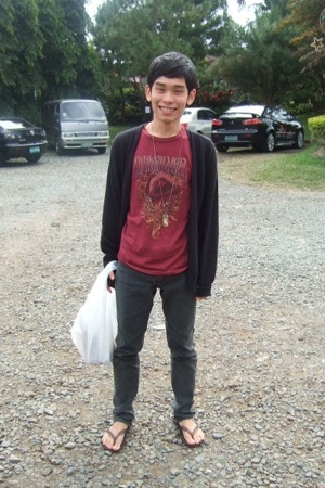 Quiksilver t-shirt - Topman - H&amp;M jeans - H&amp;M necklace