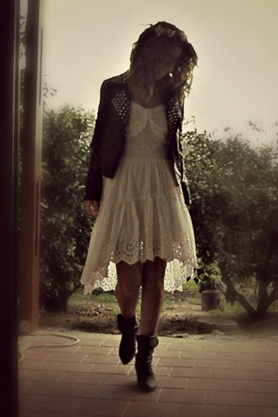 lace HALstyle dress