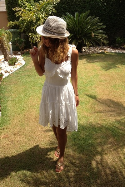 white lace HALstyle dress