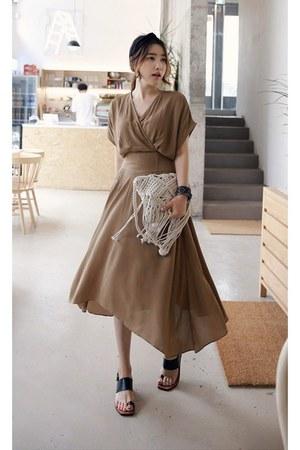 light brown MIAMASVIN dress - black MIAMASVIN sandals