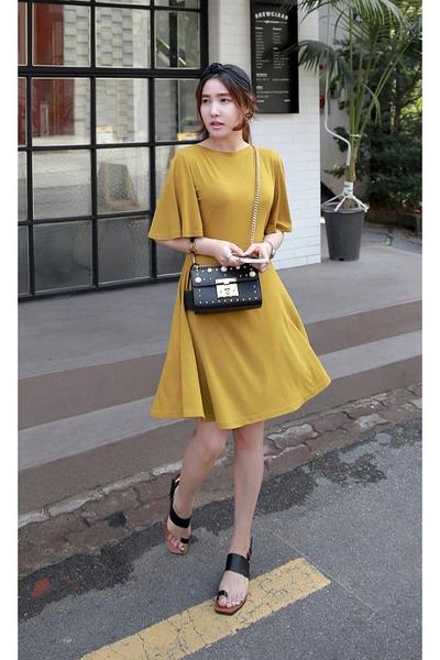 a717733d38af8d mustard MIAMASVIN dress - black MIAMASVIN sandals