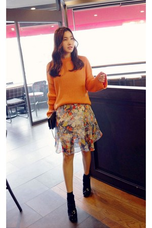 light blue MIAMASVIN dress - orange MIAMASVIN sweater - black MIAMASVIN sandals