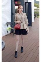 MIAMASVIN boots - black MIAMASVIN skirt - tan MIAMASVIN top
