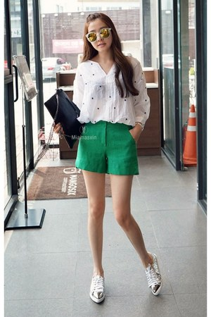 white MIAMASVIN blouse - green MIAMASVIN shorts - silver MIAMASVIN sneakers