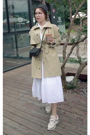 camel MIAMASVIN coat - white MIAMASVIN dress - cream MIAMASVIN sneakers