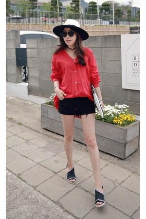 black MIAMASVIN shorts - red MIAMASVIN blouse - MIAMASVIN wedges