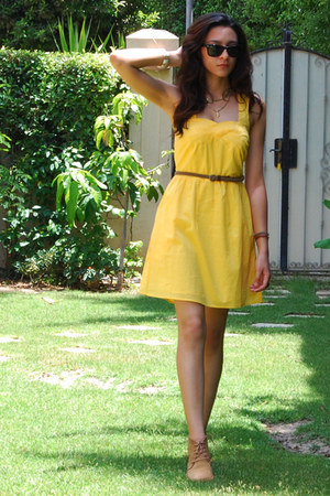 yellow cotton Sugarlips dress - tan pull&bear boots - black Ray Ban sunglasses