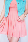 Salmon-shopaholic-dress-aquamarine-crissa-vest-white-keds-sneakers