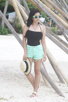 aquamarine Vanilla Breeze Clothing shorts - aquamarine Metro Sunnies sunglasses