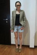 brown Zara blazer - brown Zara shoes - blue Zara shorts